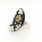 Flower Ring with 14K